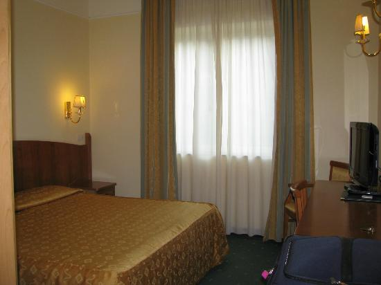 Grand Hotel Parco Del Sole: Very basic room