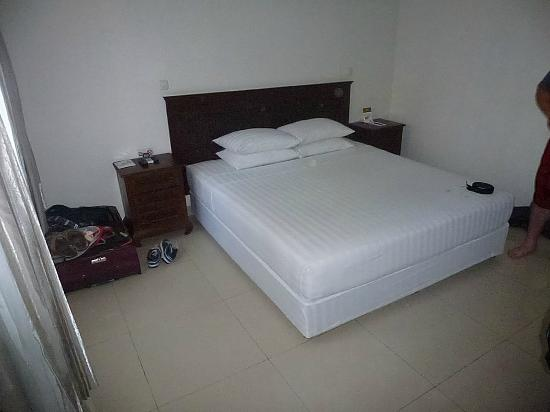 The Niche Bali: KING Size Beds!
