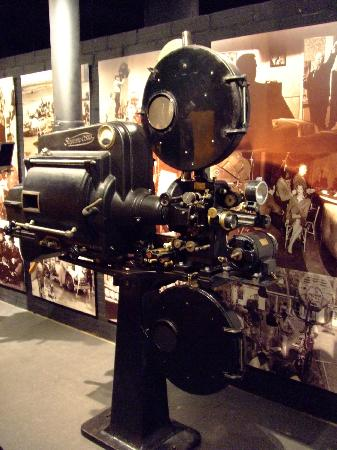 Museu del Cinema: The things that dreams are made of. (I do know the quote is out of context)
