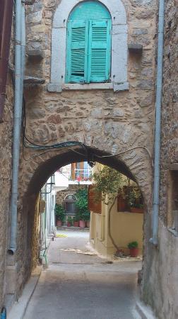 Olympoi Village : Olympi Alley