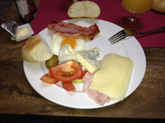 Hotel Residence Agnes: sample of breakfast variety