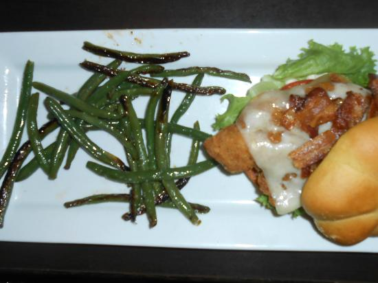 Ruby Tuesday: Chicken Club with Grilled Green Beans