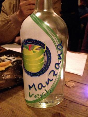 1979 : Manzana verde, a liqueur made of wild green apples