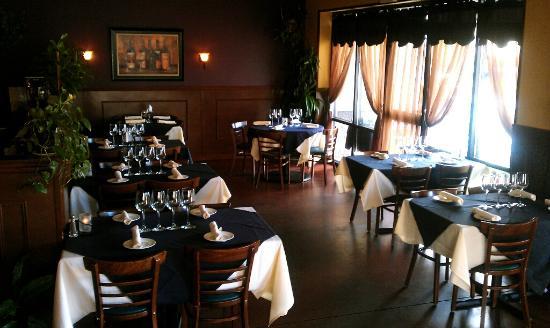 Wild Vine Bistro : Dinning Room
