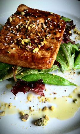 Wild Vine Bistro : Salmon