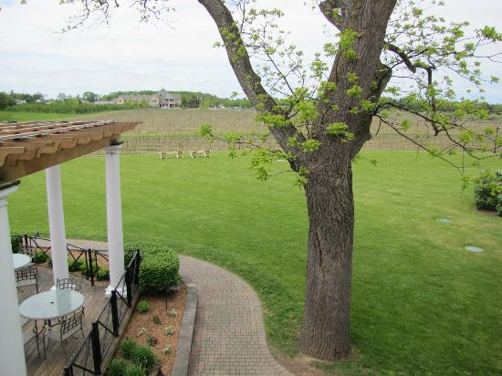 Riverbend Inn and Vineyard : View of Winery