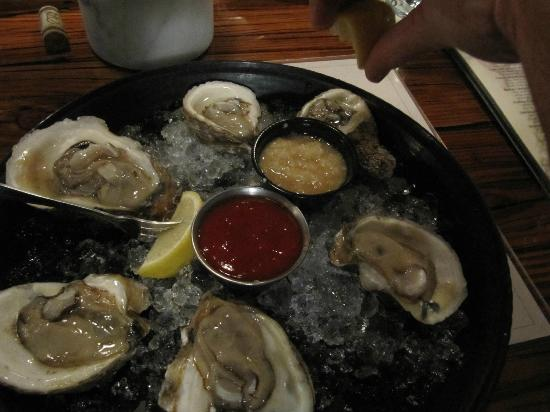 Jimmy's Oyster Bar & Seafood: Apalachicola Oysters!
