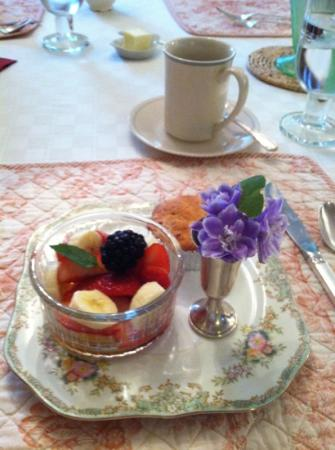 Butternut Lane Bed and Breakfast: fruit and muffin