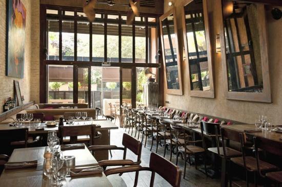 Front picture of restaurant le loft marrakech tripadvisor for Cuisine loft