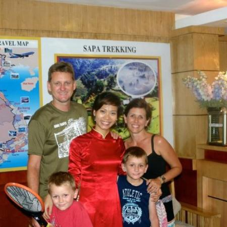 Hanoi Topaz Hotel: With our valued guests