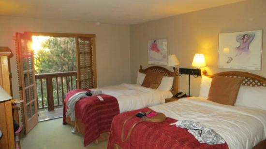 Hotel Santa Fe, The Hacienda and Spa: Room with 2 full beds