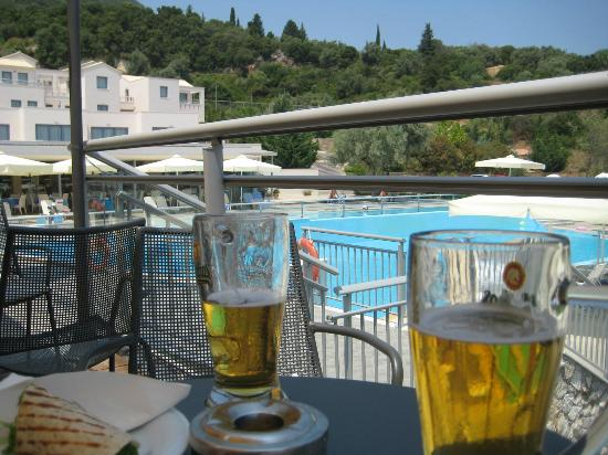 Porto Galini Seaside Resort & Spa: Poolbar
