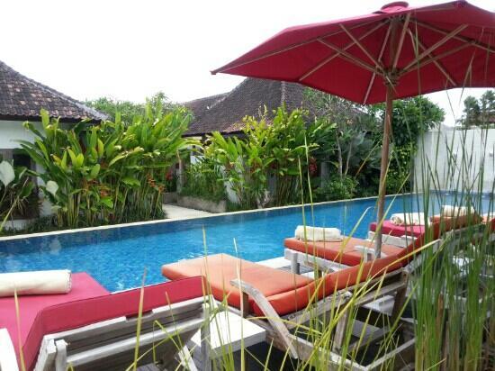 Rama Residence Petitenget: pool