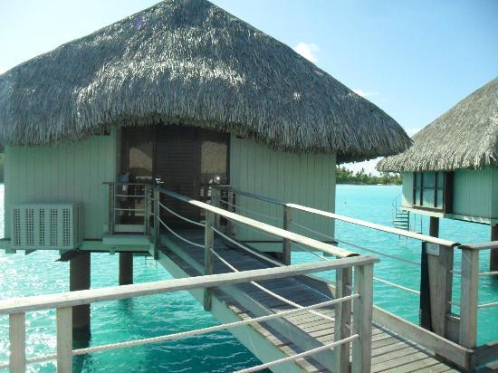 Le Meridien Bora Bora: Overwater Bungaloo 322