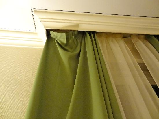 Hotel Oceania Le Métropole: I found the curtain just like that!