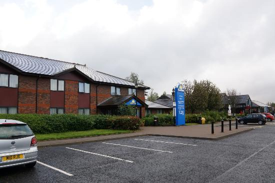 Days Inn Durham: Easy to Find Off the A1