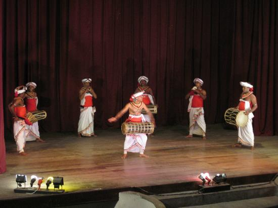 Kandyan Dance Performance: What they play at the Temple of the Tooth when food is brought in for Buddha