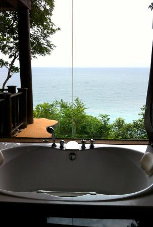 Panviman Resort - Koh Pha Ngan: Spa tub