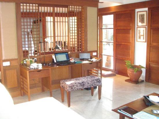 Belmond Jimbaran Puri: Villa Lounge Room