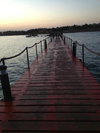 Iberotel Coraya Beach Resort: at the bay