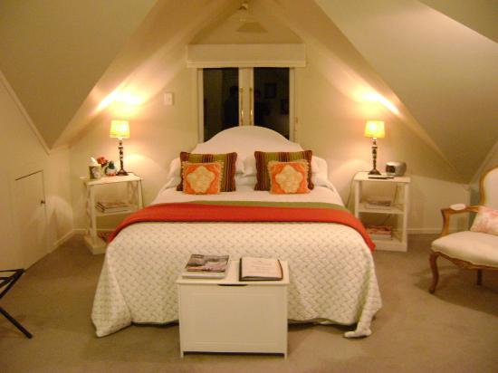 Auckland Birdwood House B&B: Beautiful room