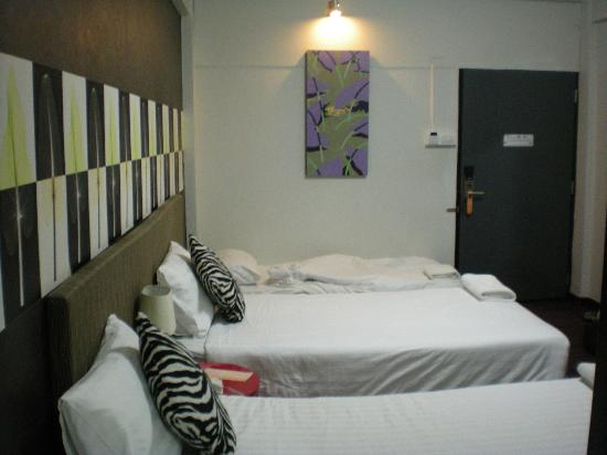 Baiyoke Boutique Hotel: Our room with extra bed