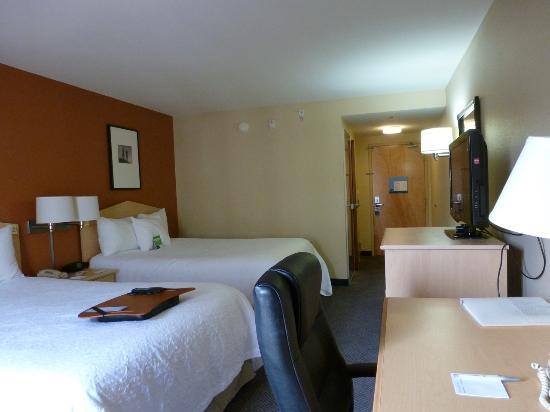 Hampton Inn San Diego - Downtown: Room