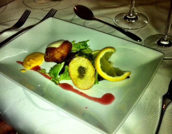 Bar - Restaurant First: Tasting menu - fish
