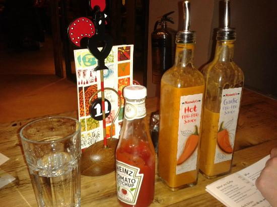 Nando's - Canary Wharf: Lots of sauces to try