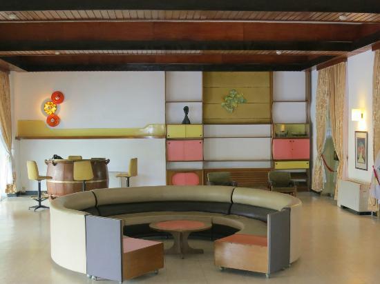 herenigingspaleis hoi truong thong nhat een jaren 70 interieur