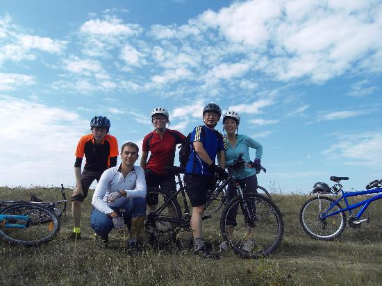 Cycling Romania : Yeah! We made 25km today!