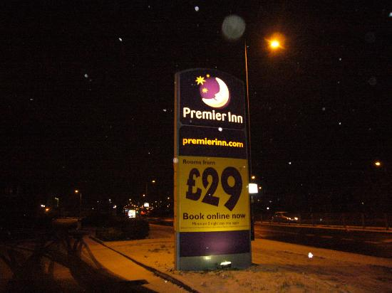 Premier Inn London Heathrow Airport (Bath Road) Hotel: Hotel
