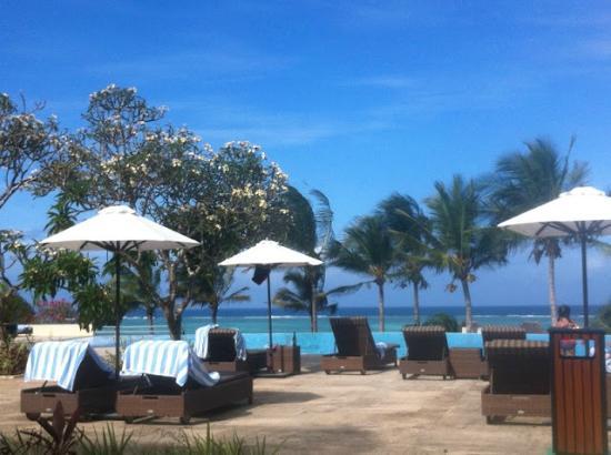 Melia Zanzibar: pool