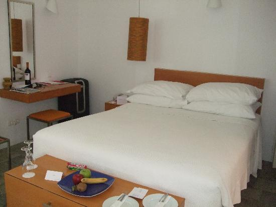 Mykonos Theoxenia: First floor double room