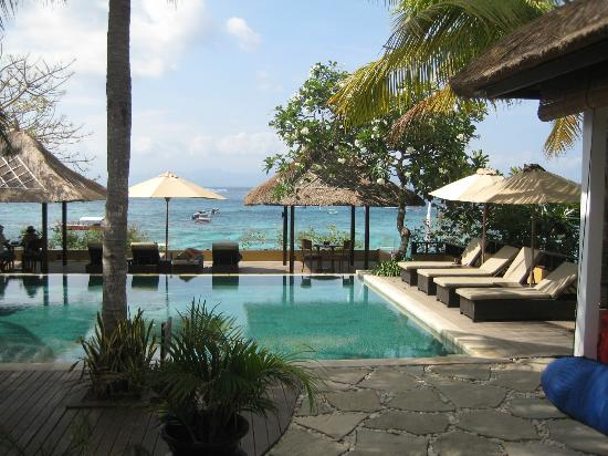 Batu Karang Lembongan Resort & Day Spa: View from reception