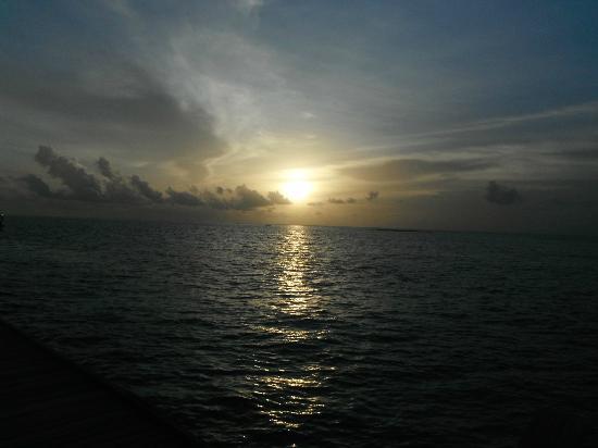 Diamonds Thudufushi : Coucher de soleil