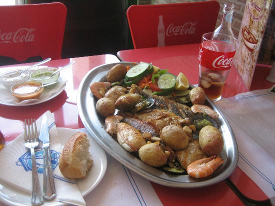Restaurante La Chalana : Parillada de pescado para dos!