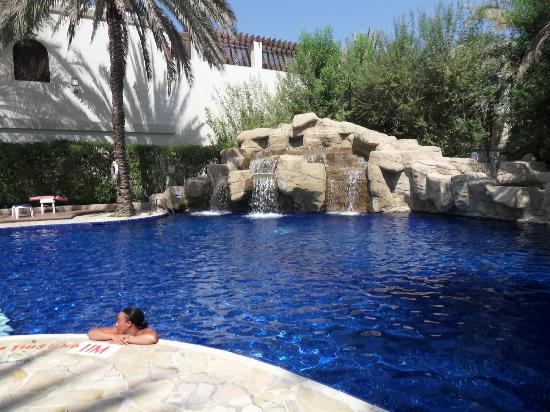 Picture of dubai marine beach resort and spa dubai for Pool and spa show dubai