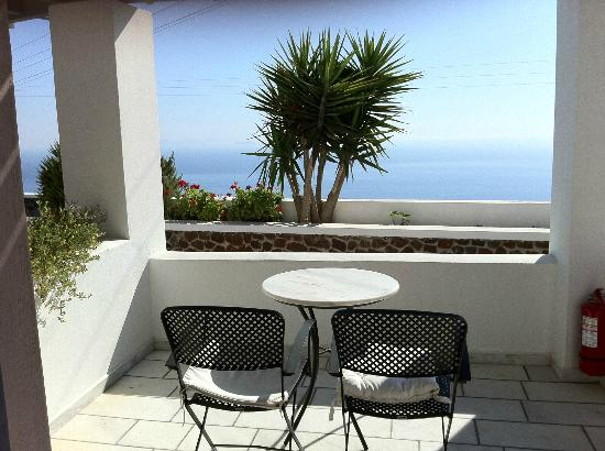 Xenones Filotera: Great view from terrace of Aegean Sea