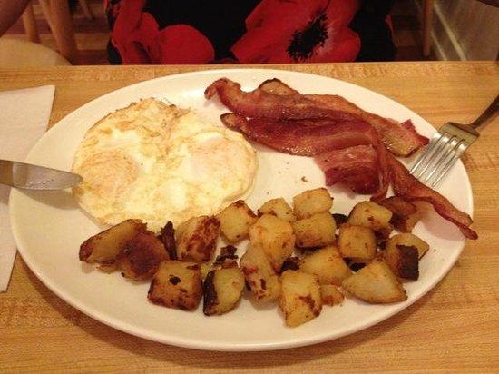 Sunnyside Grill: Breakfast offer..