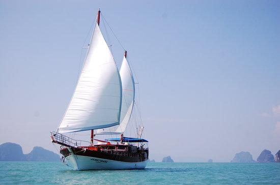 Jabudays Yacht Charters & Cruises