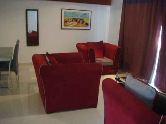 Hotel De La Pergola: Le coin salon