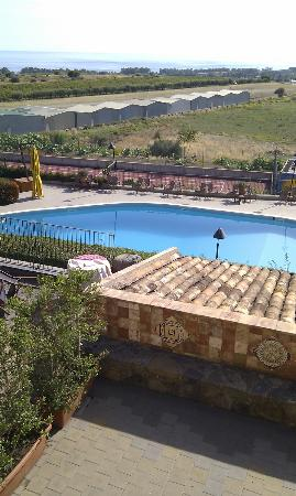 Agriturismo Serra San Biagio: view from the room, nice swimming pool