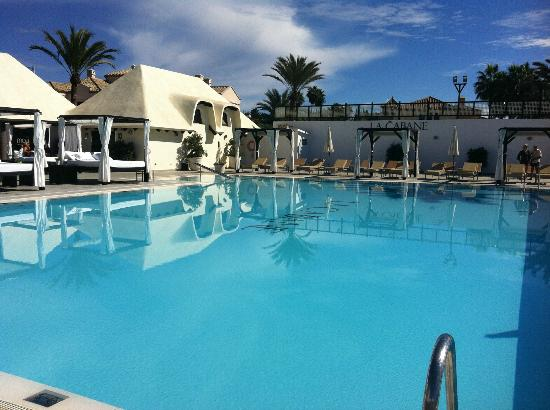 Los Monteros Spa & Golf Resort GL: Pool at La Cabane
