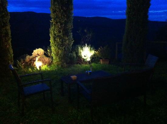 Residenzia del Sogno: Evening on the patio
