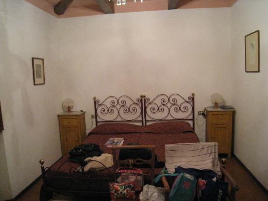 Agriturismo Casanova - La Ripintura: The adult side of the family room.