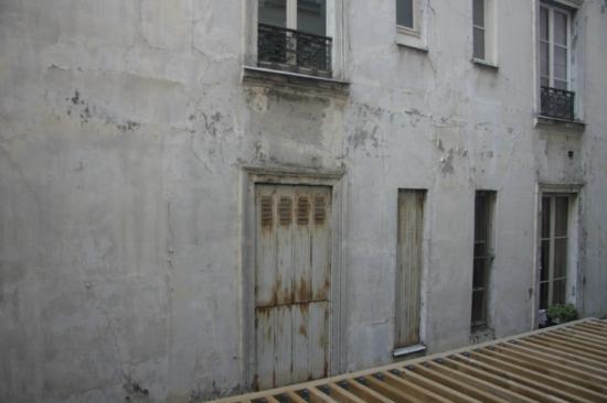 Ibis Styles Paris Pigalle Montmartre: Vista dalla finestra