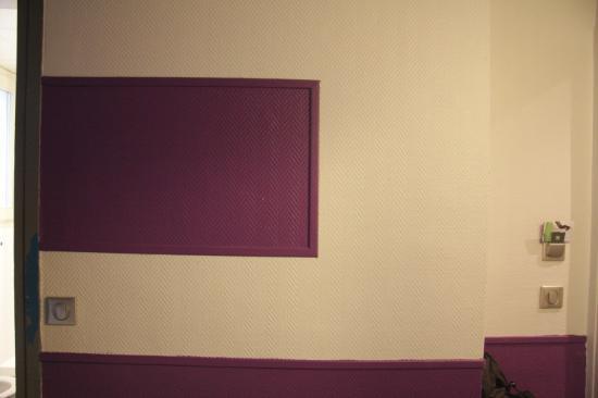 Ibis Styles Paris Pigalle Montmartre: Arte moderna sulla parete