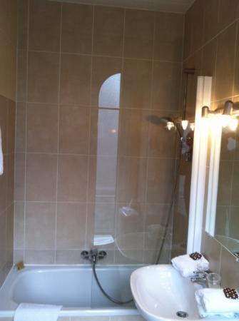 Grand Hotel de la Paix: salle de bain