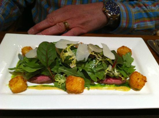 Samuel Fox Country Inn Restaurant: Rose veal starter